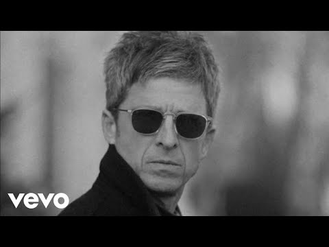 Flying on the ground – Noel Gallagher's High Flying Birds lyrics