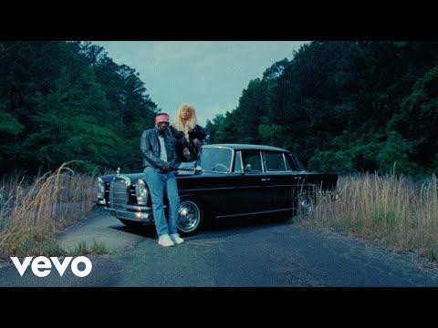 Clap for him – Foushee lyrics