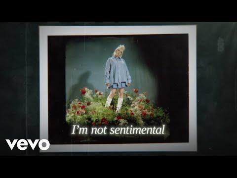 Billie Bossa Nova – Billie Eilish lyrics