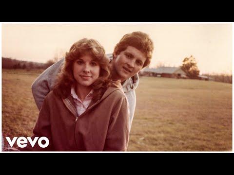 23 – Sam Hunt lyrics